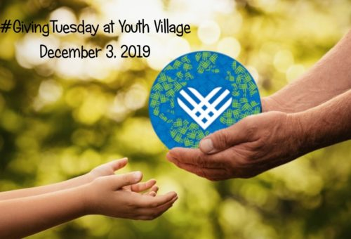 giving tuesday hands